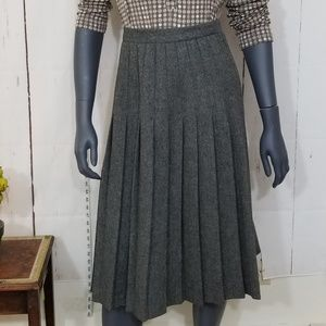 The Villager vintage wool blend skirt size XS (8)